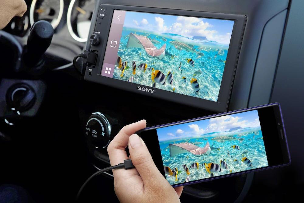 Estéreo para automóviles con pantallas táctiles de Sony