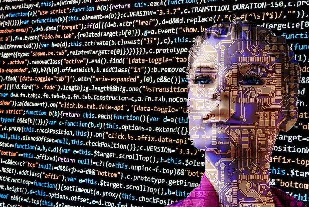 Inteligencia artificial en la relación entre consumidores y organizaciones  | T21