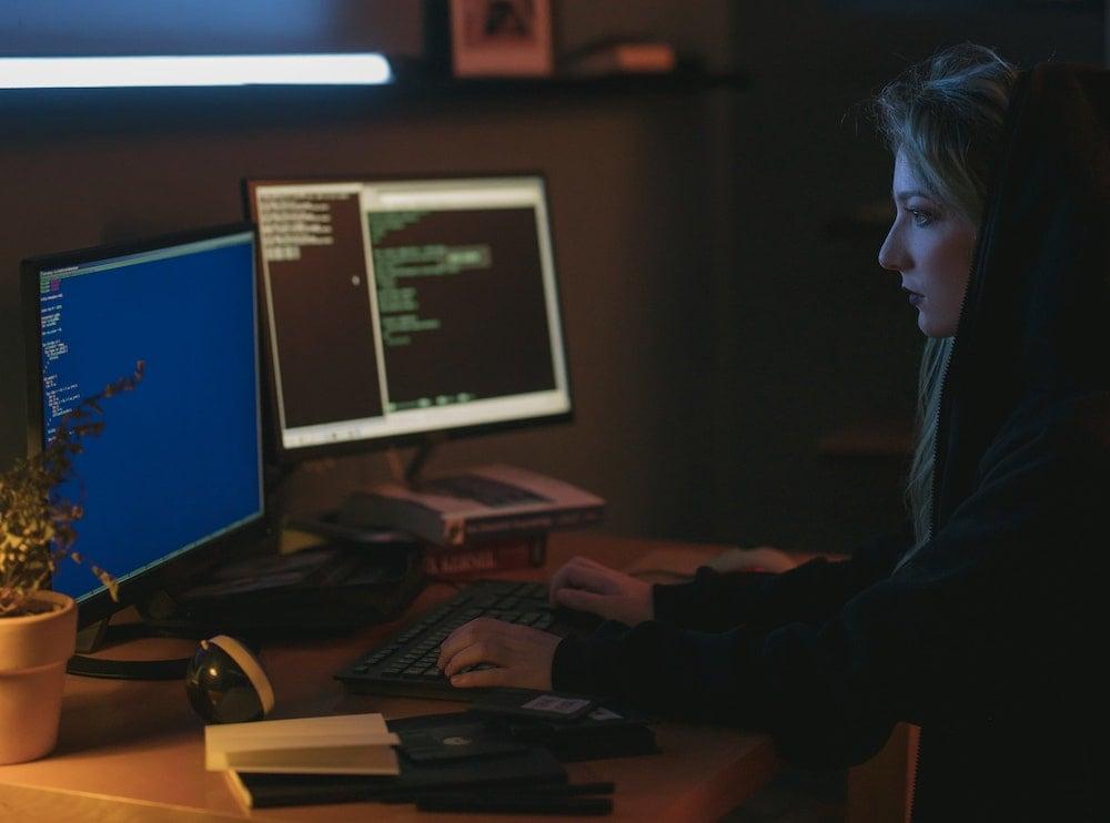 ¿Qué cómo evitar el phishing y las estafas online?