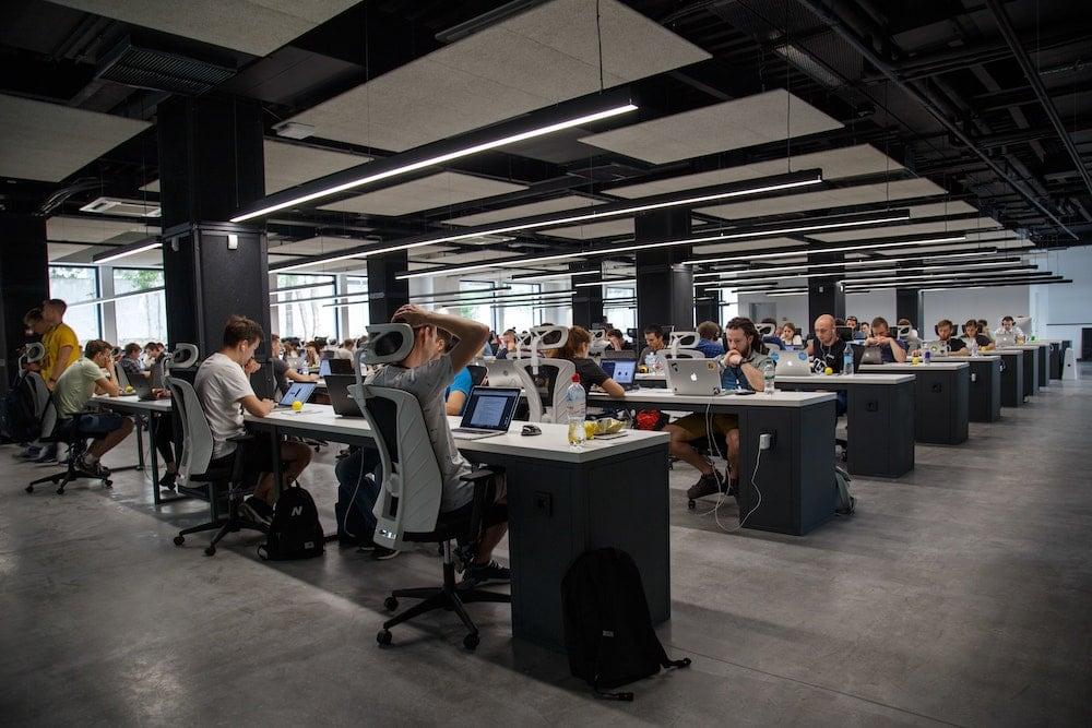 Accenture y Salesforce ayudarán a empresas sostenibles