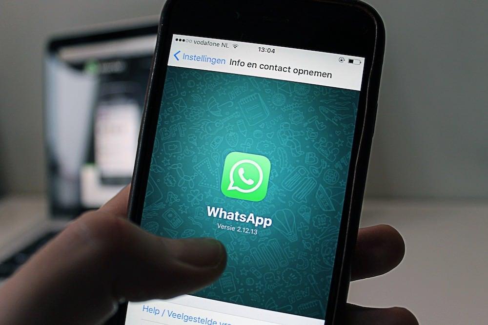 Engaño en WhatsApp sobre Toyota y Volkswagen